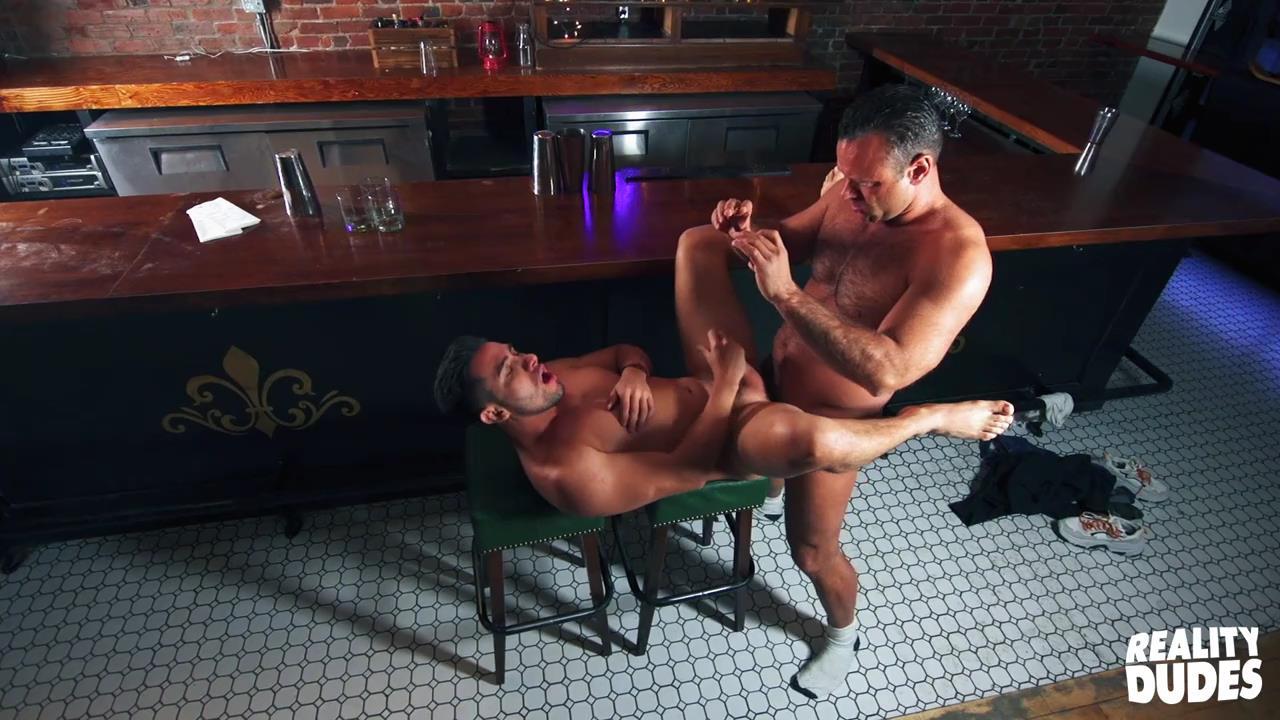 Dudes In Public 50 – Bar