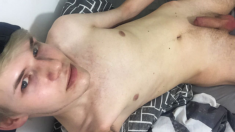 Squirting Cum On Cam With Twink Sky Heet